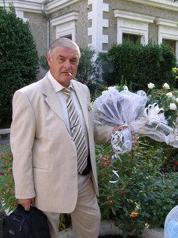 Владимир Бесперстов