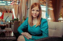 Лена Савельева