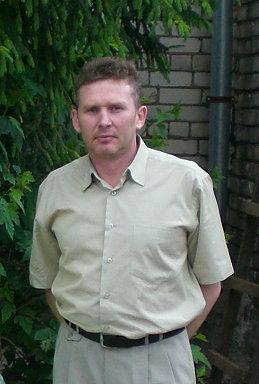 Николай Густов