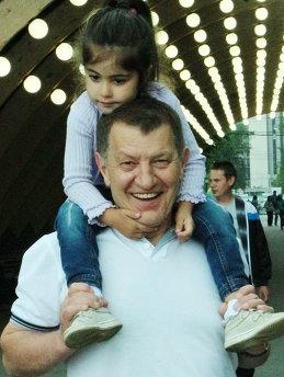 Лев Багдасарян