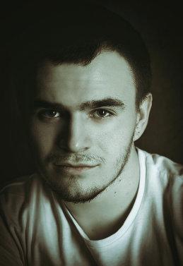 Влад Попов