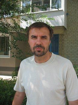Андрей Лавров