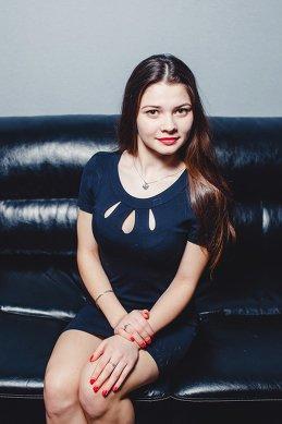 Анютка Гурова