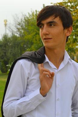 Alisher Ahmadaliev
