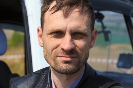 Дмитрий Серяков