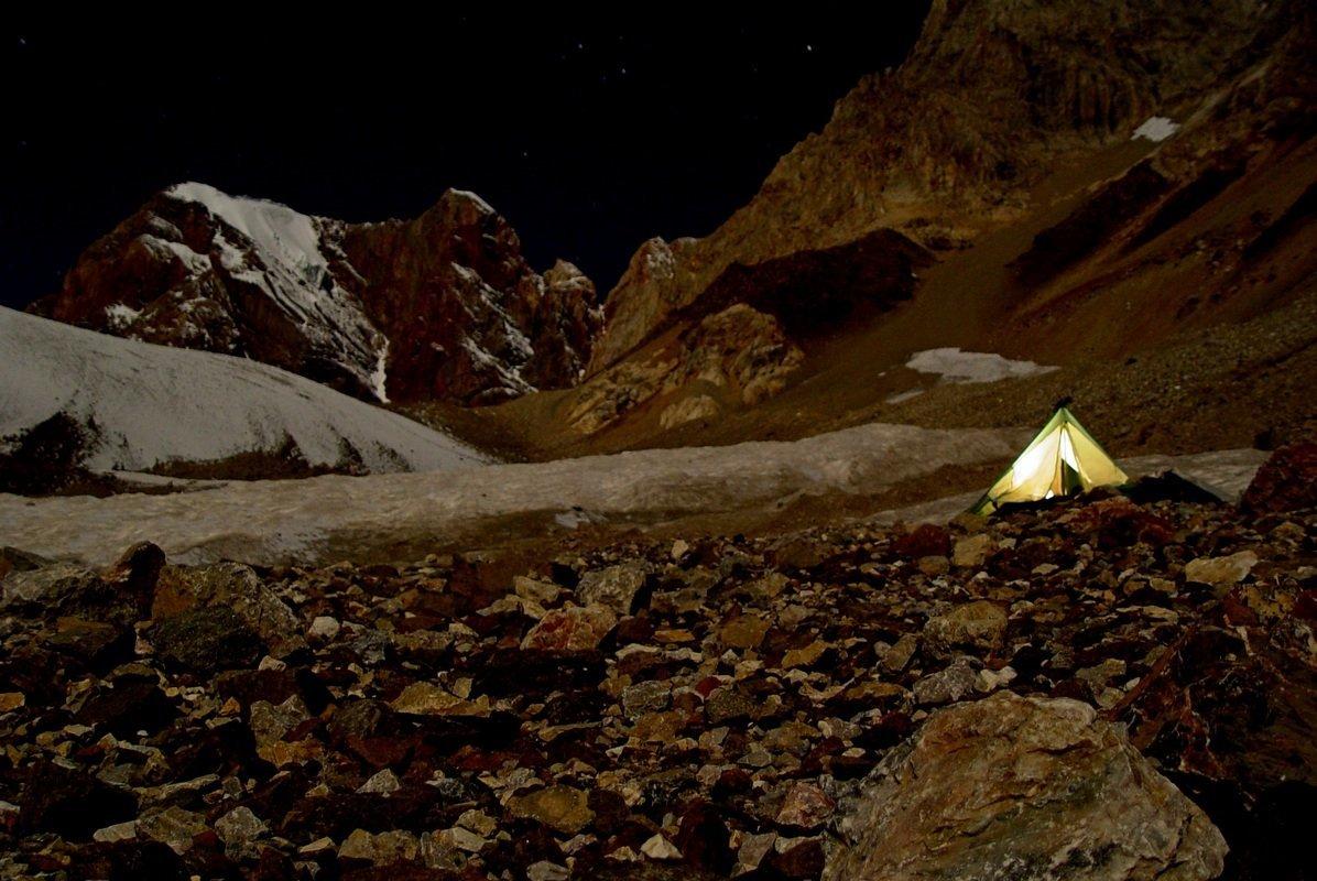 Ночь в горах, на высоте 3400м. - Виктор Осипчук