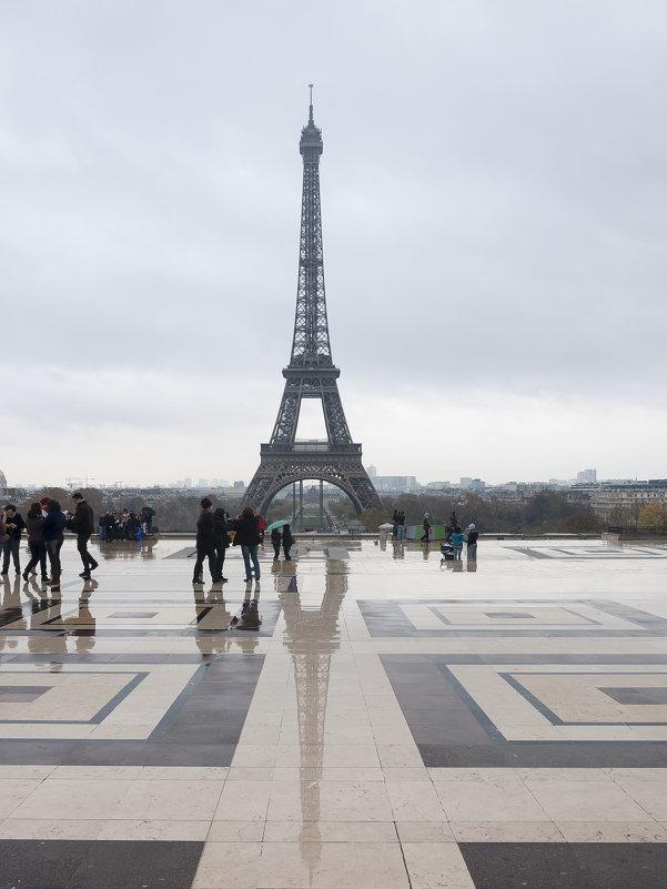 Eiffel tower - Huldiberdiev