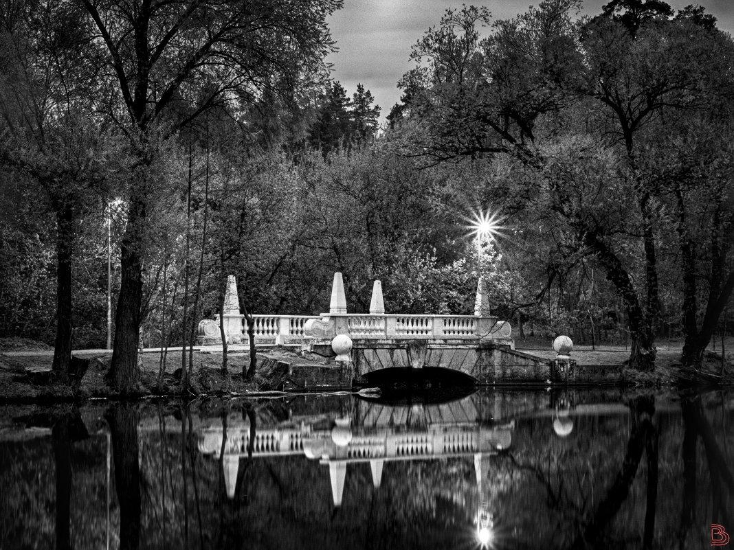 Мостик на кратовском озере весенним вечером - Валерий Вождаев