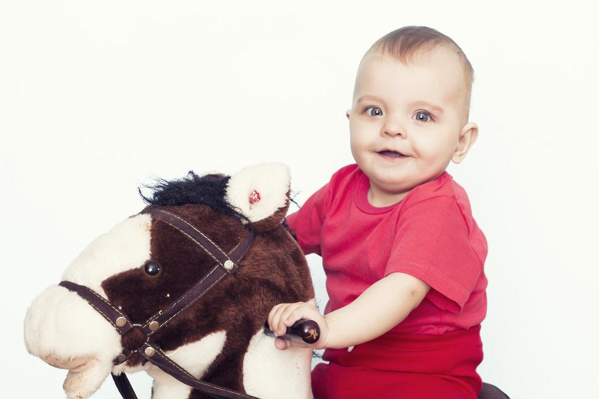 Первая лошадка! - Светлана