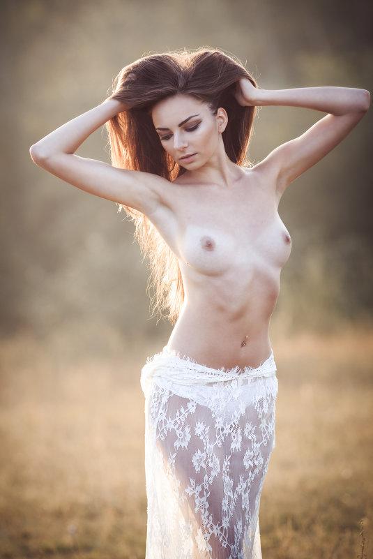 Озарённая солнцем - Любовь Дашевская