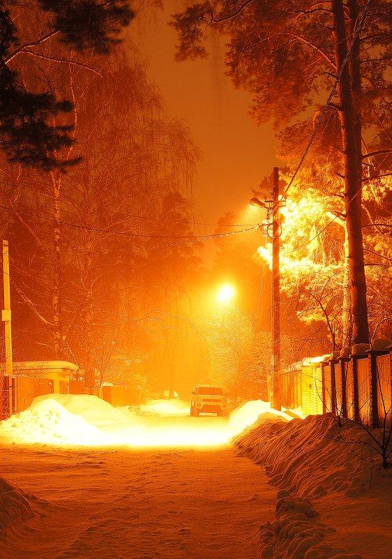 Ночь, улица, фонарь, машина... - Леонид leo