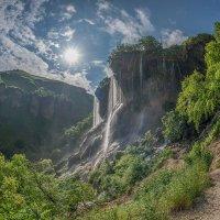 Утром на водопаде Гедмишх :: anatoly Gaponenko