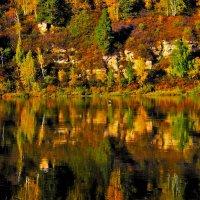 Чарование осеннего зеркала :: Сергей Чиняев