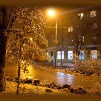 Аптека,улица,фонарь. :: Сергей Андриянов