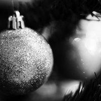 Черно-белый Новый год. :: Makedonskii