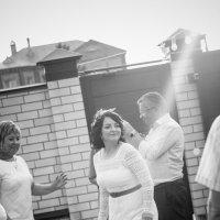 Зажигательный танец невесты :: татьяна