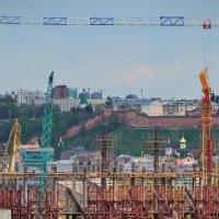 Стройка в Новгороде :: Геннадий Слезнев
