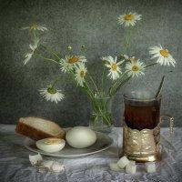 Дедушкин завтрак. :: Наталья Юдина
