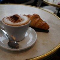 Утро в Париже ... :: Алёна Савина