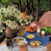 Завтрак на даче. :: венера чуйкова