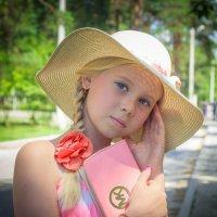 нежно розовое с улыбкой... :: Oksana Likhadziyeuskaya