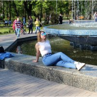 У фонтана :: Татьяна Пальчикова