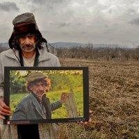 Будулай со своим портретом :: Алексей Яковлев