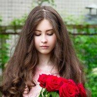 Девочка,которая редко улыбается :: Наташа Терская