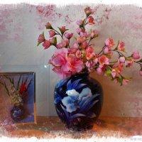 Синяя ваза :: Nina Yudicheva
