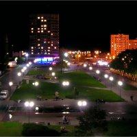 Ночные огни города :: Геннадий Худолеев