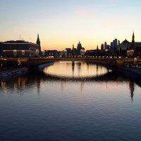 Москва-река ночная :: Борис