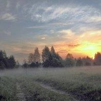 Рассвет в тумане :: Юрий Пучков