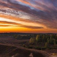 Восход над парком Олений :: Петр Богомазов