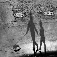 На прогулке :: Valery Penkin