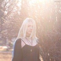 девушка в солнечных лучах :: Александра Маркварт