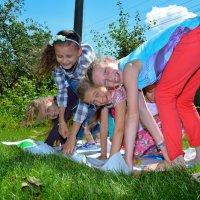 Такие радостные дети! :: Сергей Петров