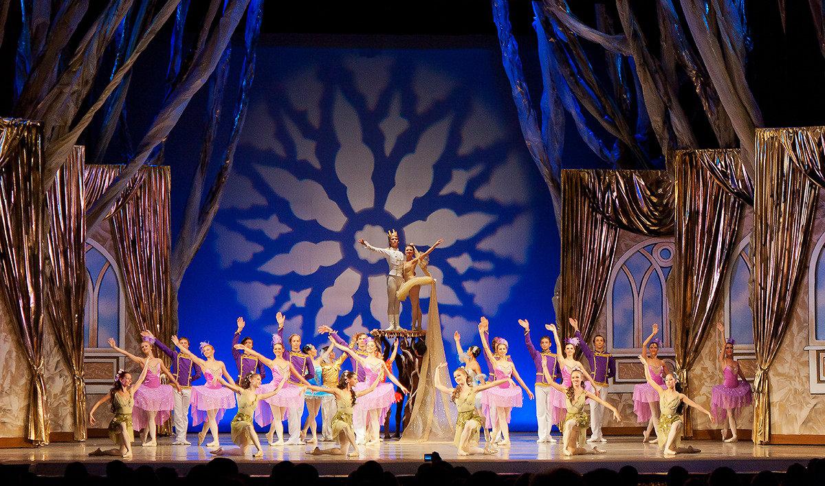 фото из театра оперы и балета ижевск