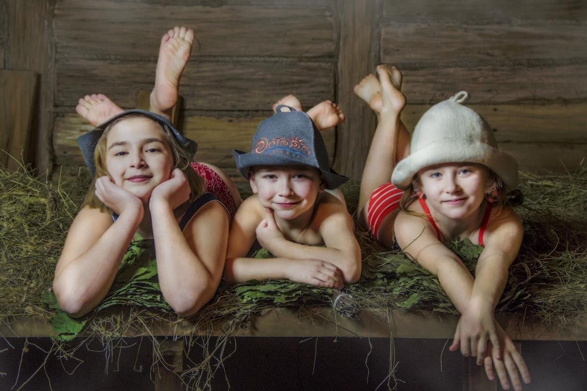 Фото голых семейных нудистов пишешь