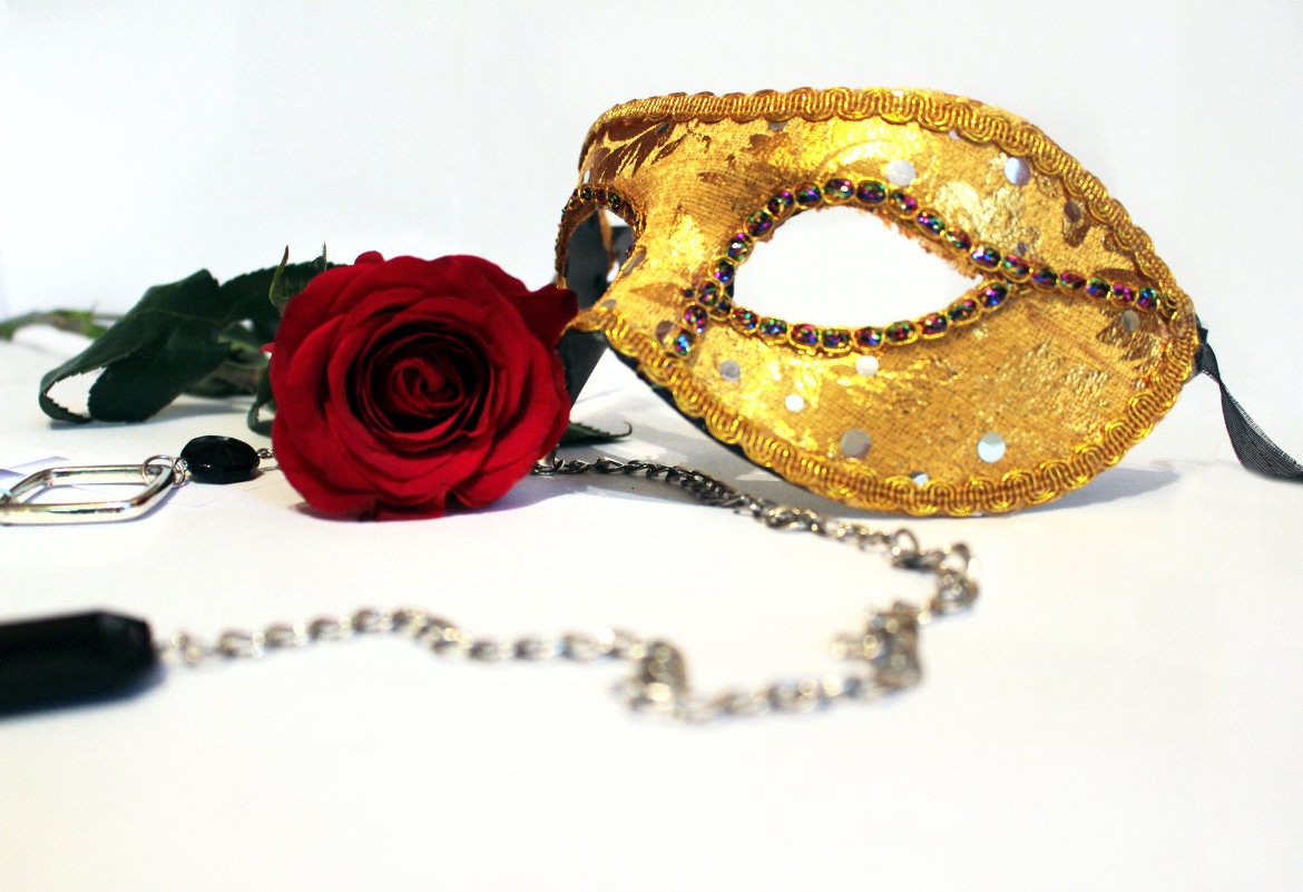 comparisons between a rose for emily the necklace