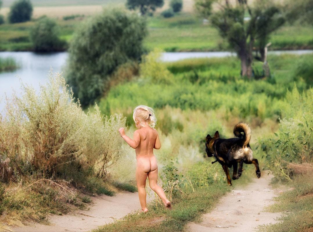 Фото девочки купаются голые 18 фотография