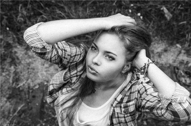 --- - Юлия Ивлин