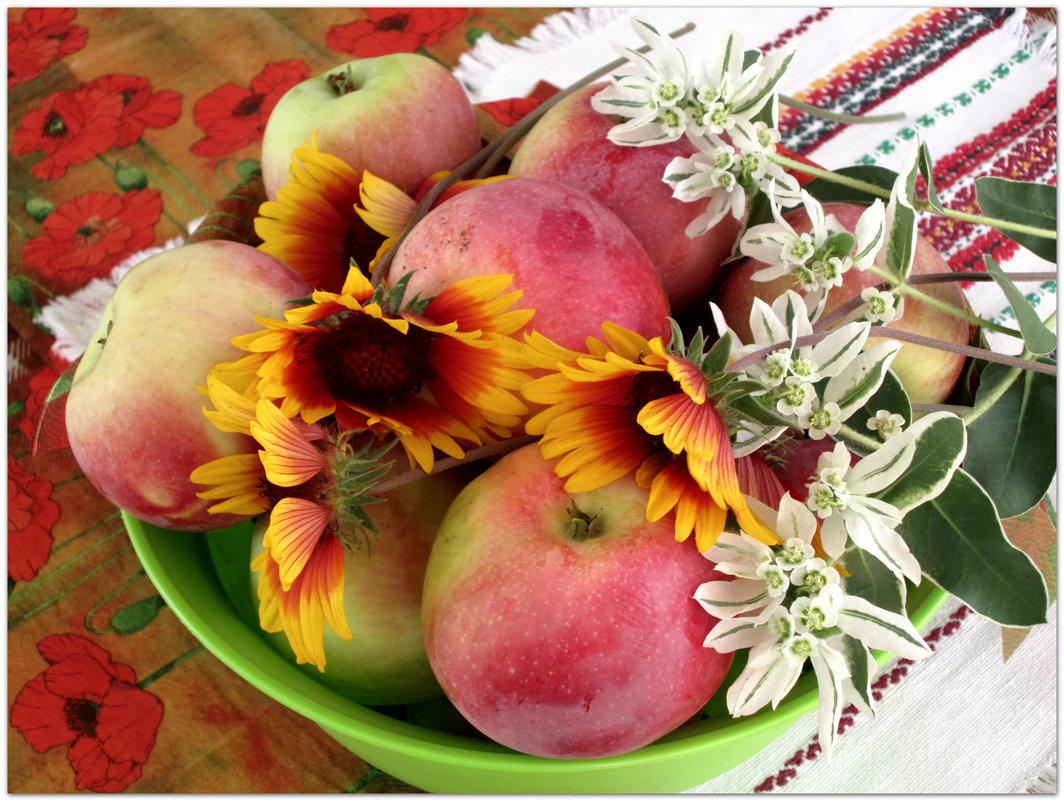 Яблочный спас... - Тамара (st.tamara)