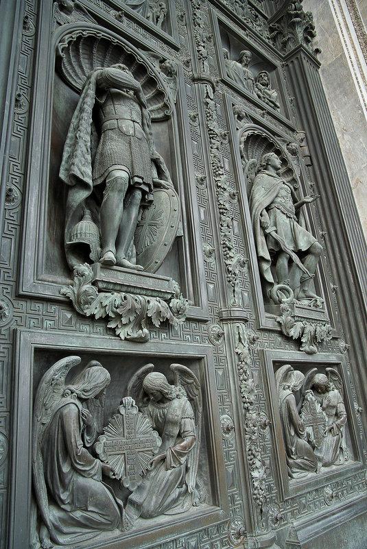 Двери Исаакиевского собора - Владимир Викторович