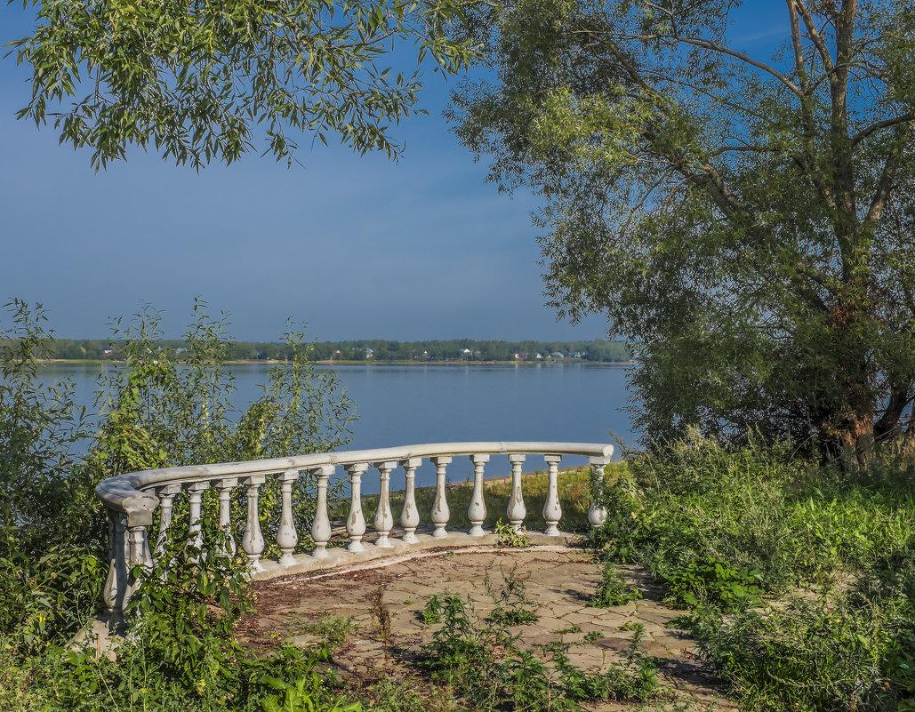 Балкон с видом на Волгу - Михаил (Skipper A.M.)