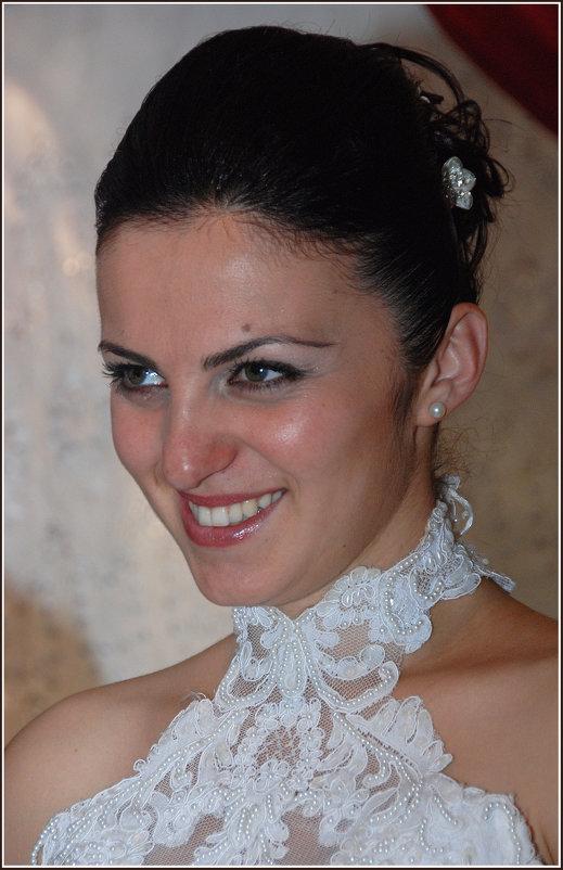 Невеста по имени Амра ( по абхазски - Солнце ) *** The bride named Amra (by Abkhazian - Sun) - Александр Борисов