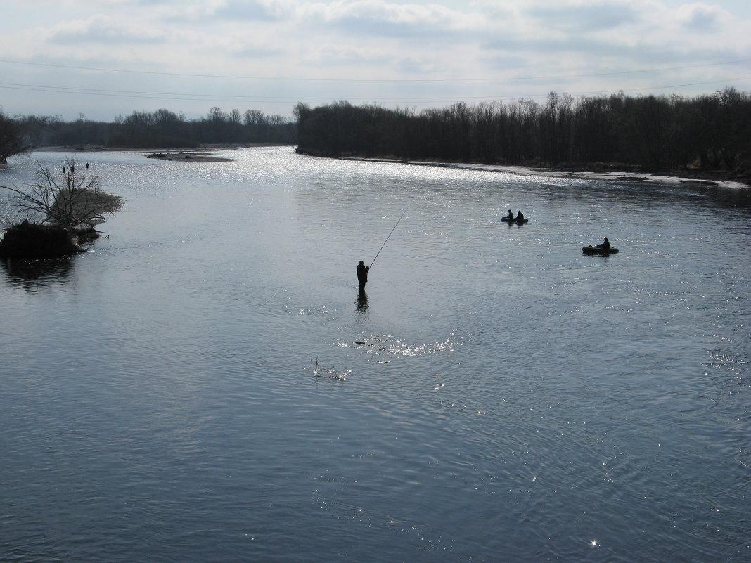 Рыбалка на реке авача