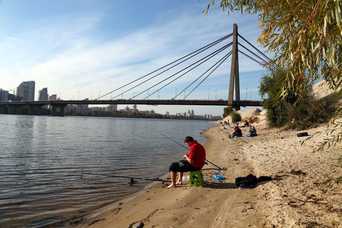 рыбалка возле южного моста