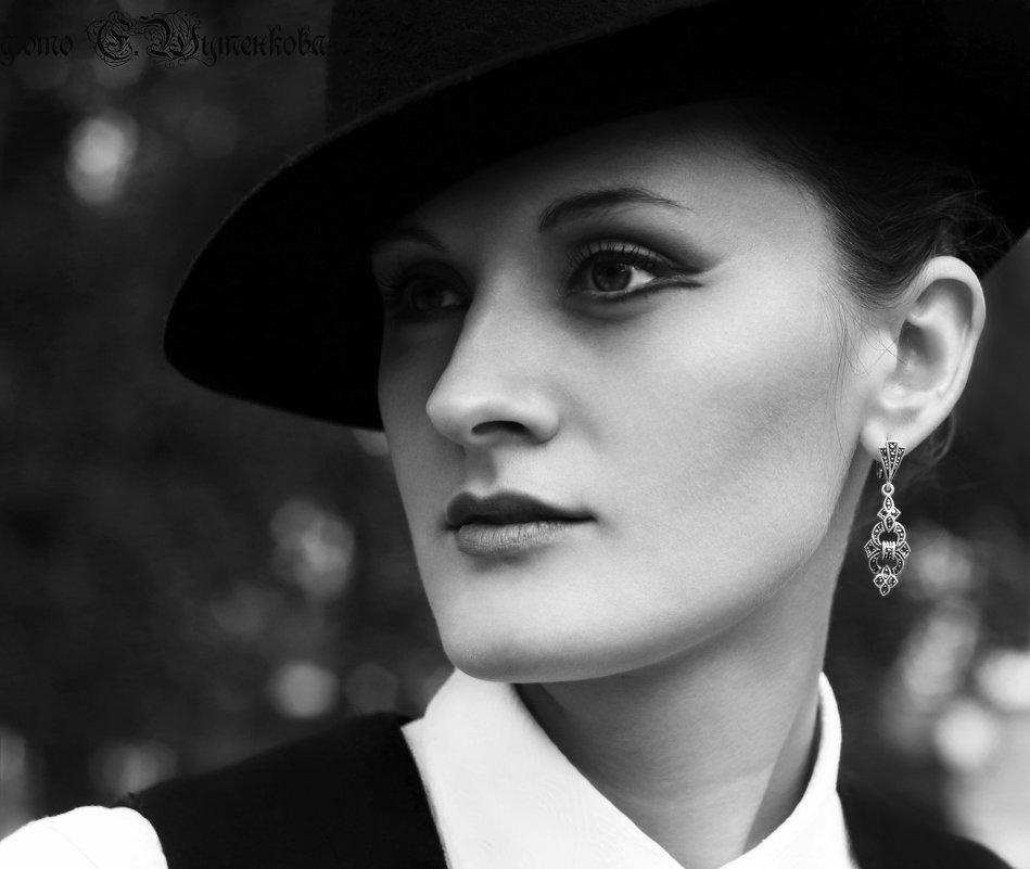 Портрет - Евгения Шутенкова