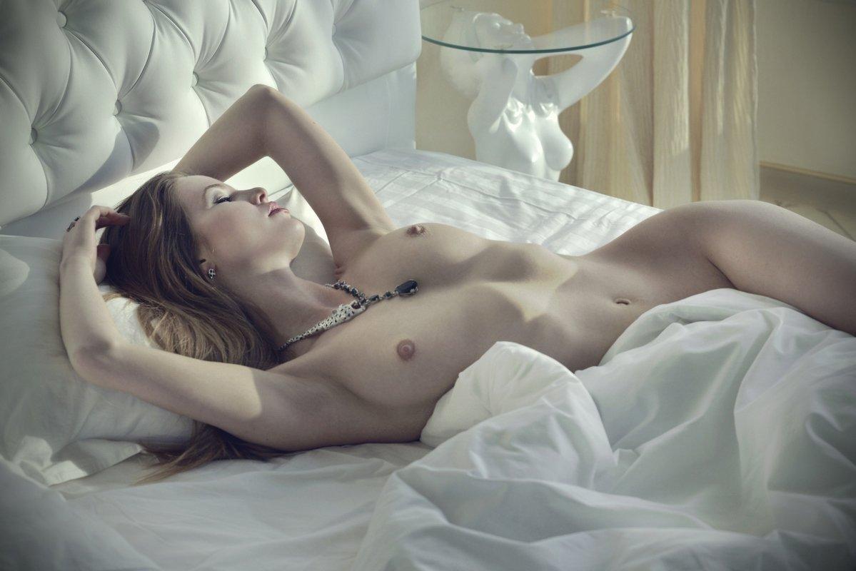 и эротика красивые фото ню