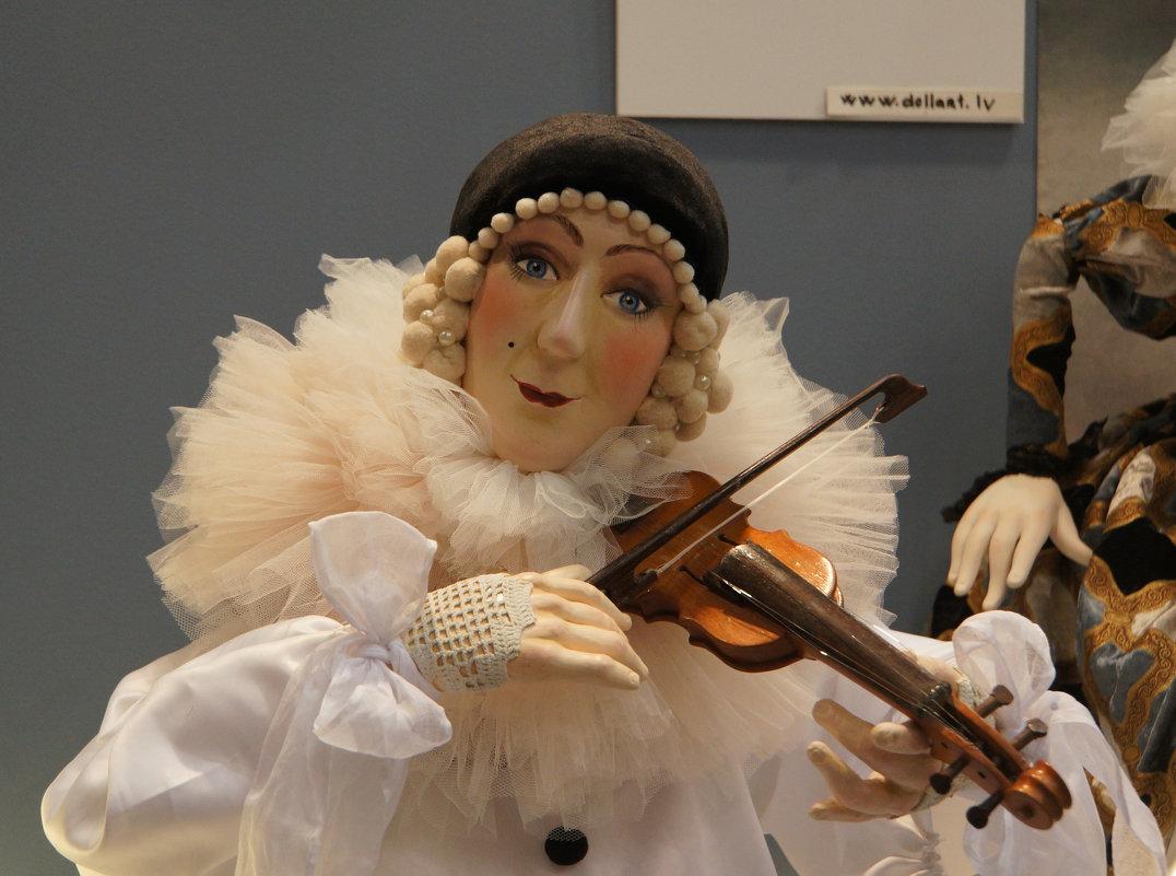На выставке кукол - marmorozov Морозова